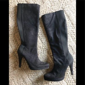 Beautiful boots by Express size 8